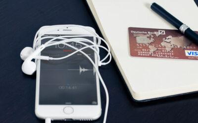 Как перевести деньги с телефона на карту — основные способы